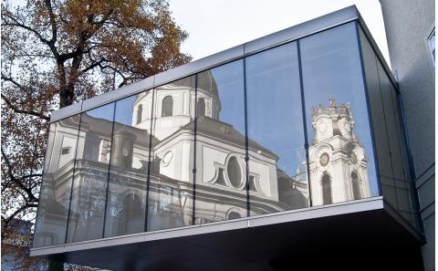 Salzburg-Universitaetskirche-Altstadt-Fotografie-fotosalzburg